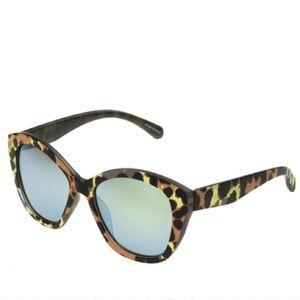 Accessories - Leopard Cheetah reflective Cat-eye Sunglasses